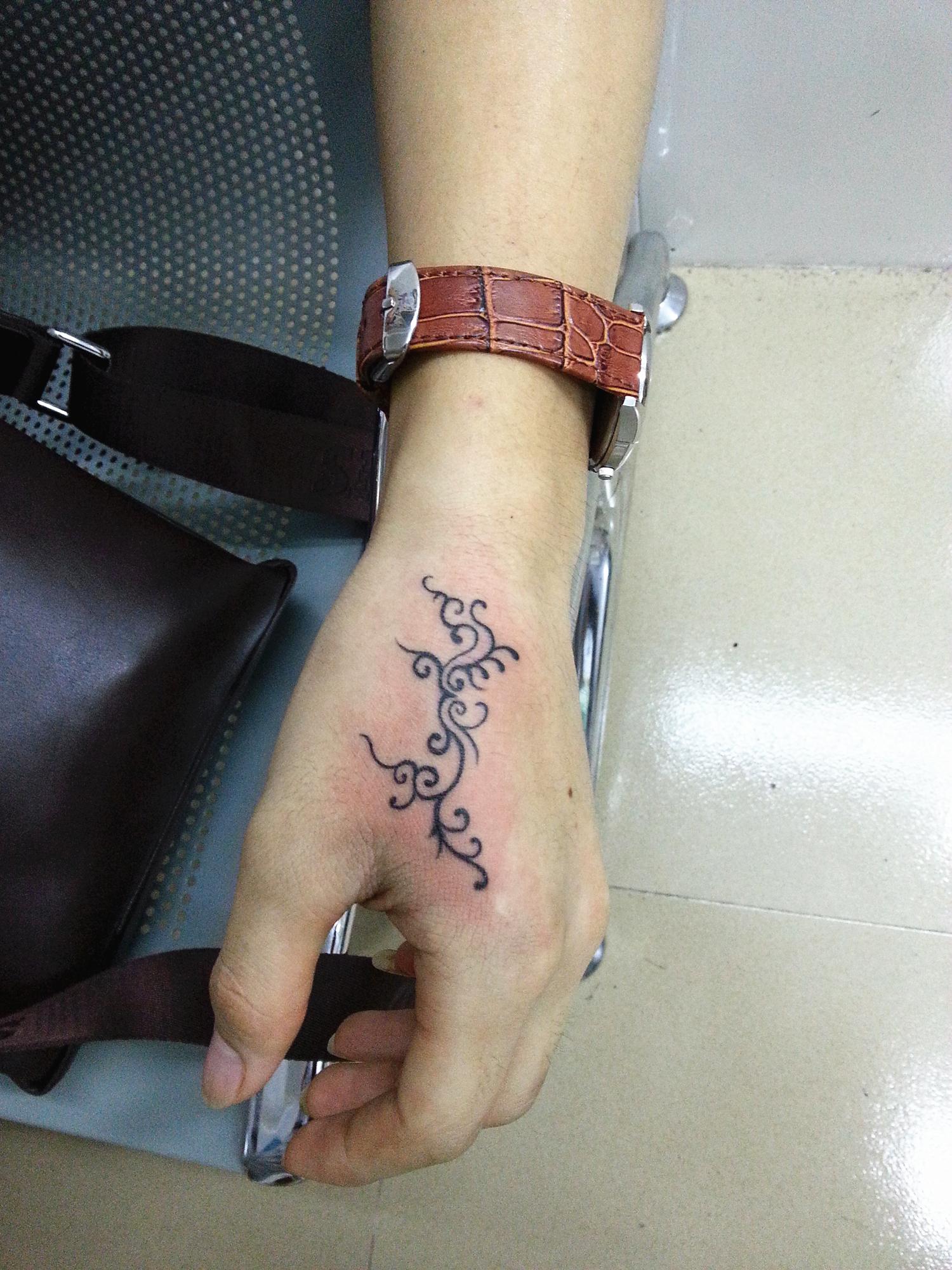 虎口纹身20140711_186