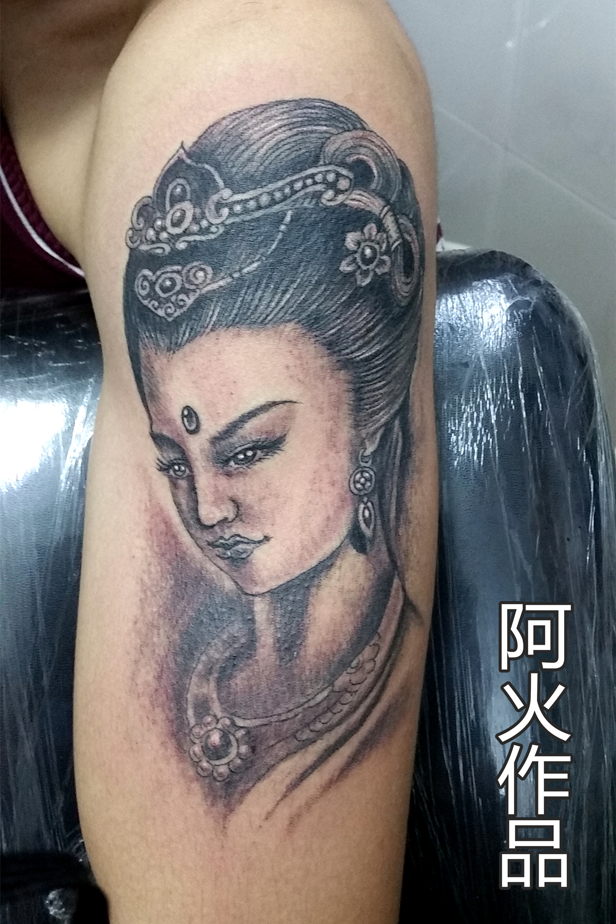 观音莲花手纹身遮盖疤痕纹身-魔